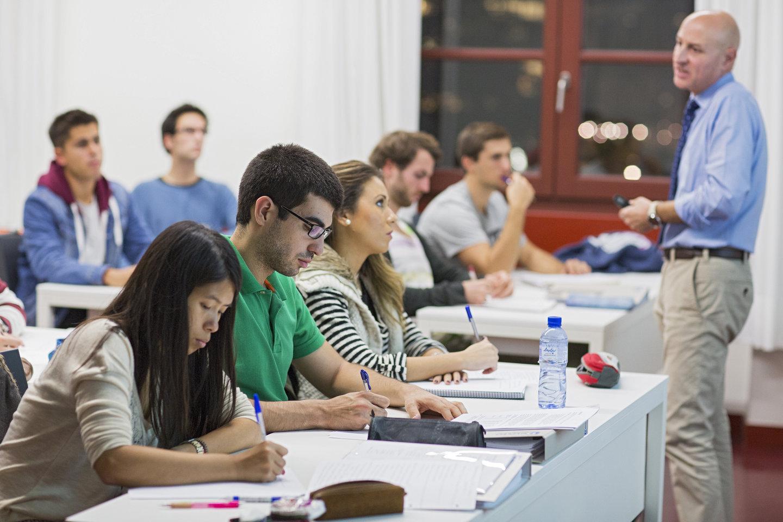 Choosing an Online Degree Level