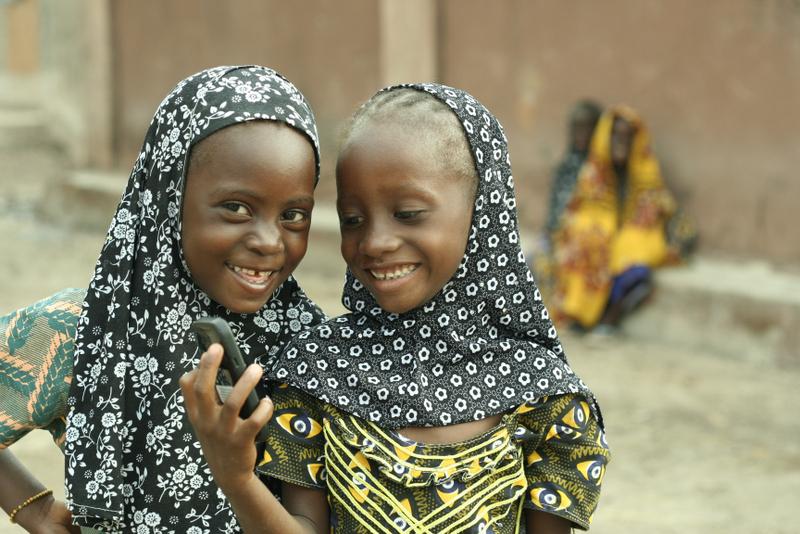 Senegalese Schoolgirls Take on Tech
