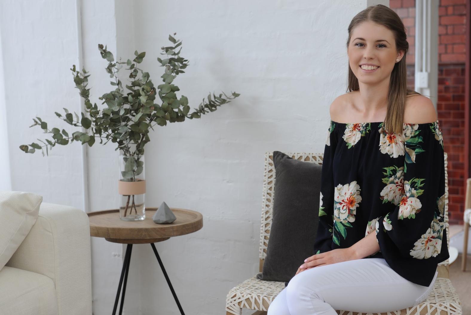 Brilliant Diploma Of Interior Design And Decoration Melbourne Australia 2019 2020 Home Interior And Landscaping Elinuenasavecom
